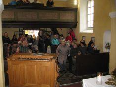 Občané, kteří seotevření zúčastnili